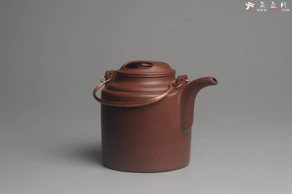 紫砂壶图片:实力派助工全手工演绎洋桶壶 大品难度大 资深壶友看过来 - 宜兴紫砂壶网
