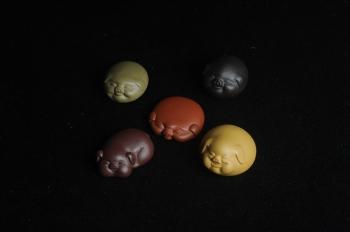 紫砂壶图片:美宠特惠 精致好料五福五彩猪 紫砂茶宠 - 宜兴紫砂壶网