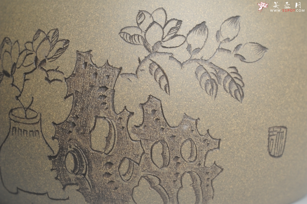 紫砂壶图片:美壶特惠 老青段 助工精工怀古提梁 清赏 - 宜兴紫砂壶网