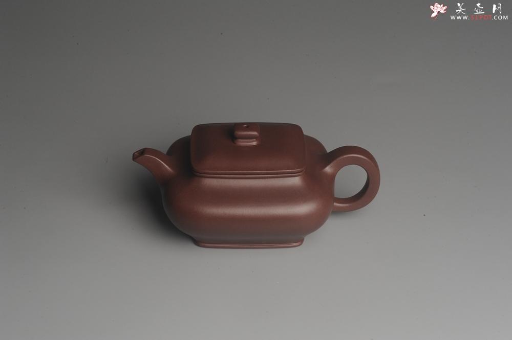 紫砂壶图片:全手工精工小四方虚扁壶 - 宜兴紫砂壶网