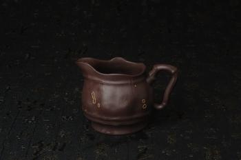 紫砂壶图片:精致特惠紫泥竹段公道杯 - 宜兴紫砂壶网