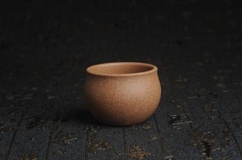 紫砂壶图片:特好五彩段泥精致手工品茗杯主人杯 茶人醉爱 - 宜兴紫砂壶网