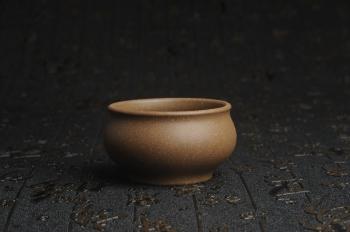 紫砂壶图片:特好青灰段泥精致手工品茗杯主人杯 茶人醉爱 性价比高 - 宜兴紫砂壶网