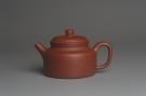 紫砂壶图片:美壶特惠 优质清水泥精致德中壶 矿物质丰富 茶人醉爱 - 宜兴紫砂壶网