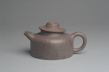 紫砂壶图片:美壶特惠 优质青灰段泥精致牧牛壶 茶人醉爱 - 宜兴紫砂壶网