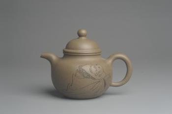 紫砂壶图片:美壶特惠 优质青段精致寿珍掇球壶 茶人醉爱 - 宜兴紫砂壶网