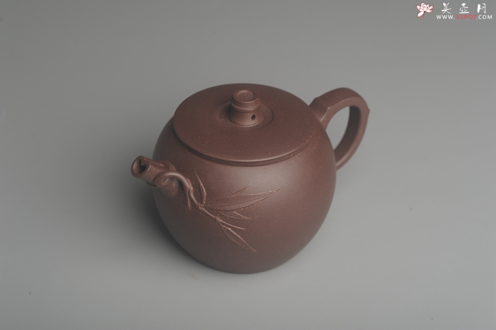 紫砂壶图片:美壶特惠 精致紫泥竹巨轮壶 茶人醉爱 - 宜兴紫砂壶网