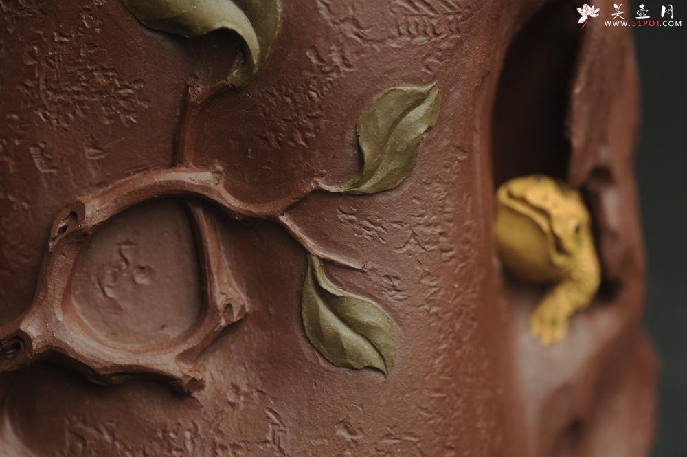 紫砂壶图片:美筒特惠 精致全手工紫泥藏蟾笔筒 高12cm直径10cm 贴叶灵动 金蟾生动 - 宜兴紫砂壶网