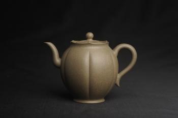 紫砂壶图片:美壶特惠 精致青段泥水仙壶 茶人醉爱 - 宜兴紫砂壶网