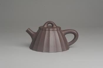 紫砂壶图片:美壶特惠 精致紫泥筋囊霸王石瓢 实用 - 宜兴紫砂壶网