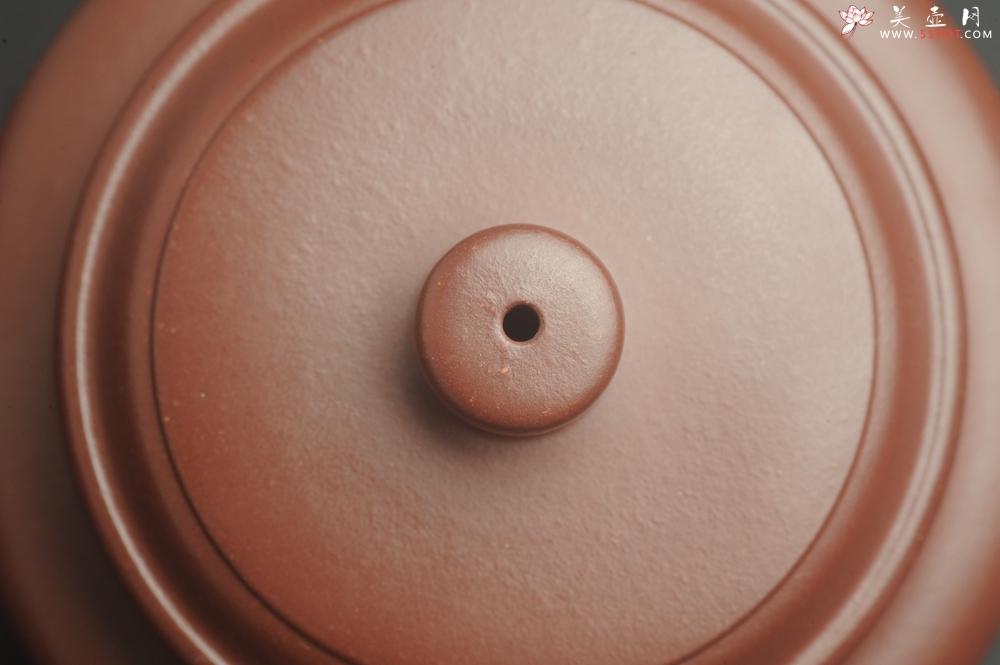紫砂壶图片:油润黄龙山4号深井红皮龙 全手工德中壶 做工特好 装饰人物特文气 - 宜兴紫砂壶网