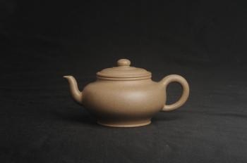 紫砂壶图片:特好高温本山老段泥 全手工高虚扁紫砂茶壶 - 宜兴紫砂壶网