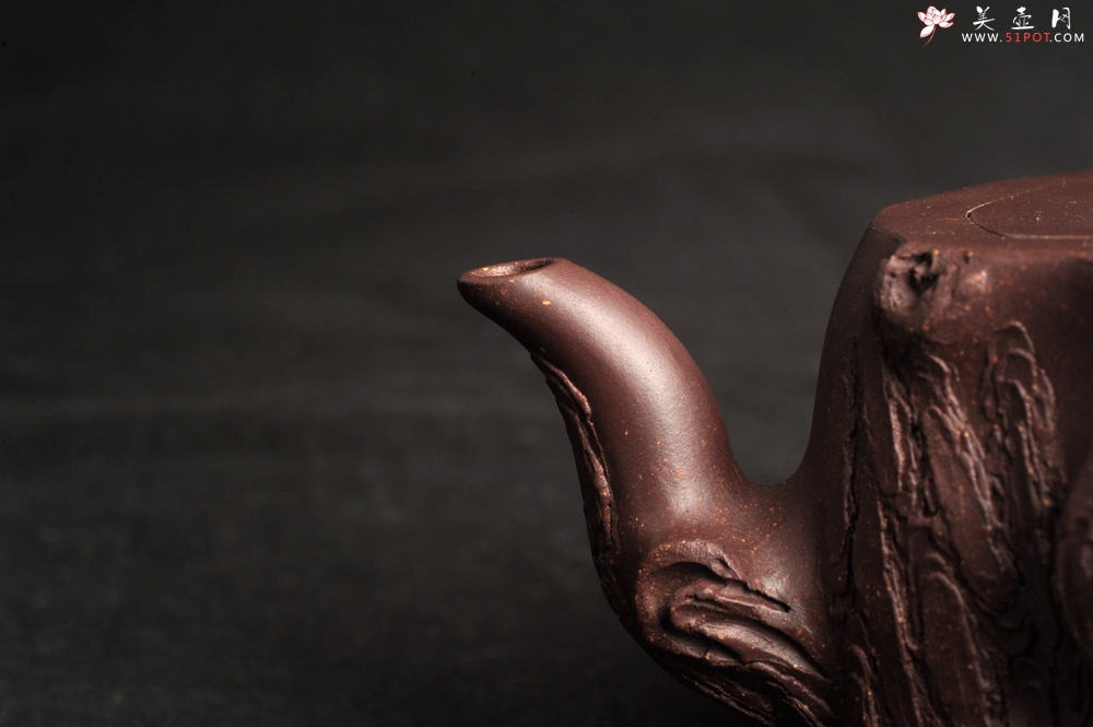 紫砂壶图片:潜力股唐老师 全手工精致紫泥桩壶 肌理丰富生动 期待与您结缘 - 宜兴紫砂壶网