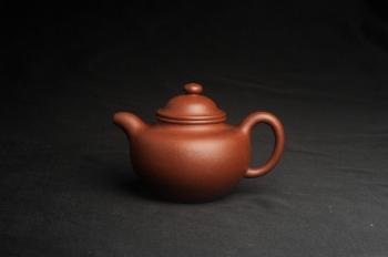 紫砂壶图片:美壶特惠 精致降坡泥大亨掇只壶 茶人醉爱 - 宜兴紫砂壶网
