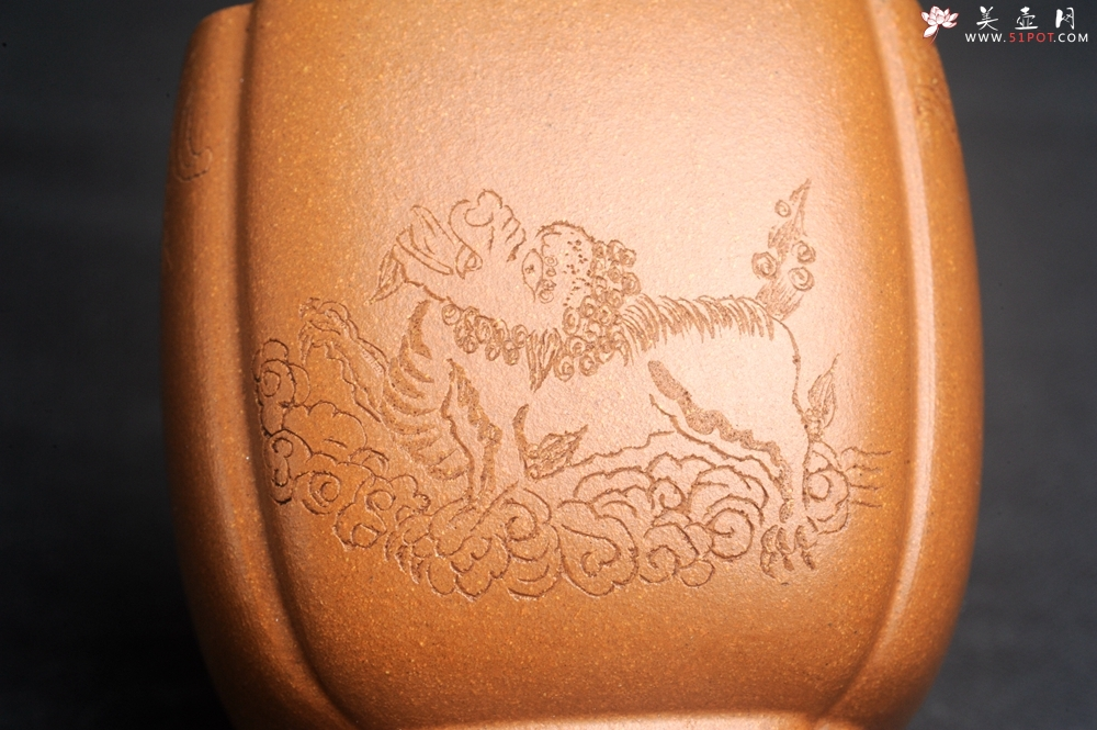 紫砂壶图片:美杯特惠 特好降坡泥 精致四方抽角大号主人杯 四面瑞兽 寓意吉祥 高性价比 - 宜兴紫砂壶网